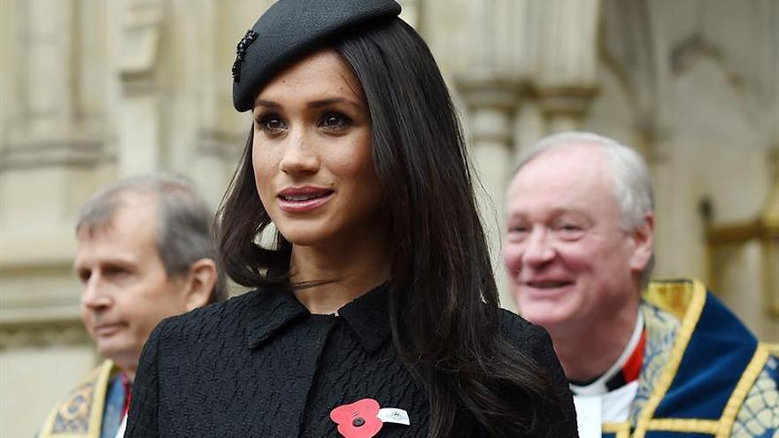 El príncipe Carlos llevará a Meghan Markle al altar en la boda de Enrique