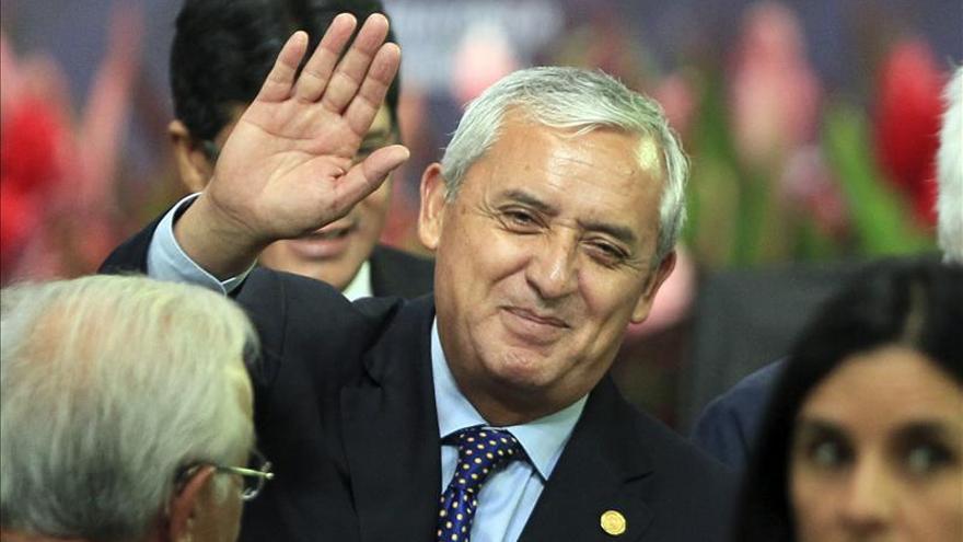 La ayuda antidrogas de EE.UU. a Centroamérica ha sido limitada, dice Pérez Molina