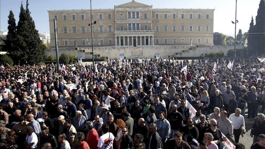 Grecia y los acreedores buscan acuerdo sobre hipotecas y créditos morosos