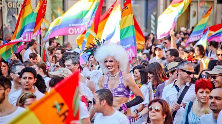 """Renzi antes de la votación del proyecto de uniones gais: """"Es un día de fiesta"""""""