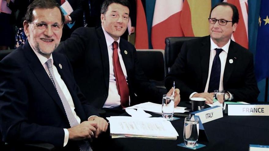 Rajoy y Hollande presidirán el 1 de diciembre en París una cumbre bilateral
