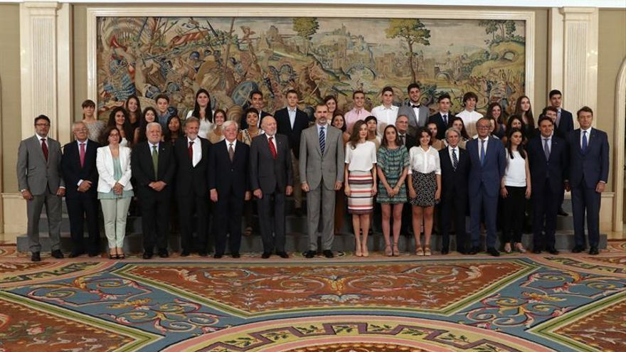 Los Reyes reciben al patronato de Colegios del Mundo Unido