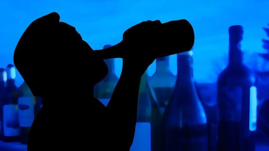 La Policía de la Junta sanciona a dos establecimientos de Pozoblanco y Cañete por vender alcohol a menores
