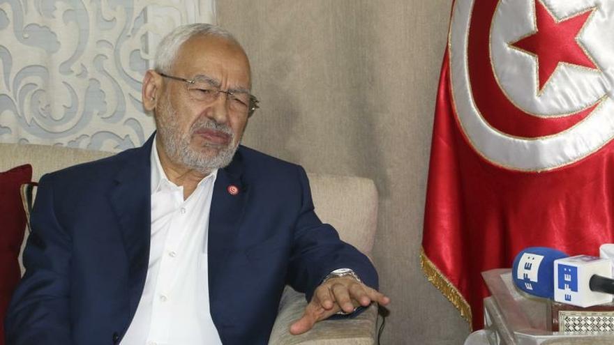"""Ennahda y el novedoso """"islam democrático"""" afrontan su examen más importante"""