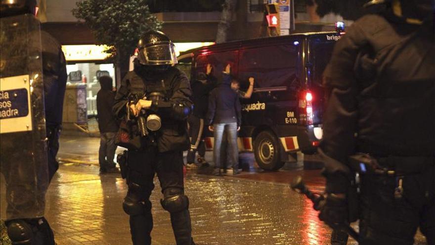 Los detenidos por los incidentes anoche en Barcelona se elevan a 27