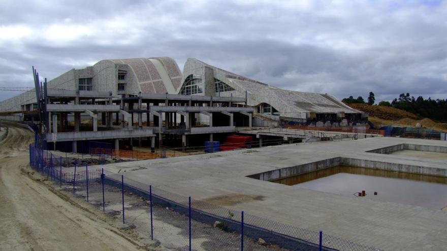 Espacio que iba a ocupar el nunca terminado Teatro de la Ópera de la Ciudad de la Cultura, en Santiago