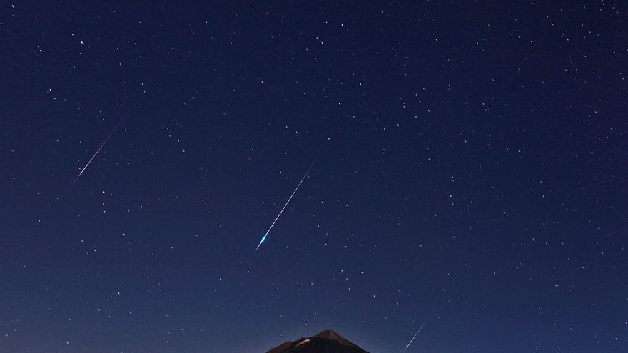 Lluvia de estrellas en el Teide, en una imagen de archivo con firma del IAC