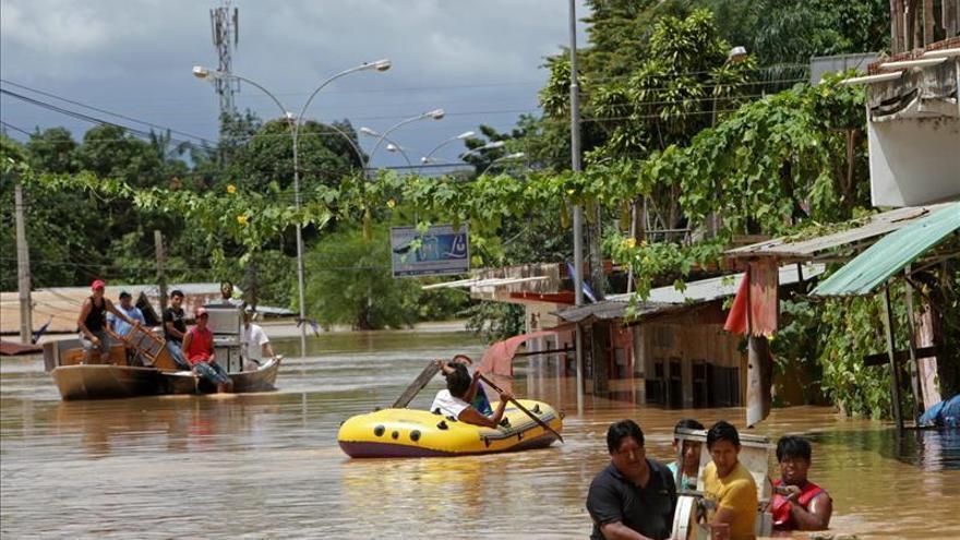 Las graves inundaciones obligan a reubicar a pobladores del norte de Bolivia