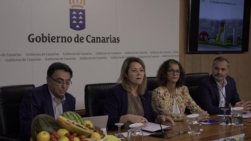 Presentación del plan de consumo de frutas y verduras que desarrolla el Gobierno de Canarias a través de sus consejerías de Agricultura, Educación y Sanidad.