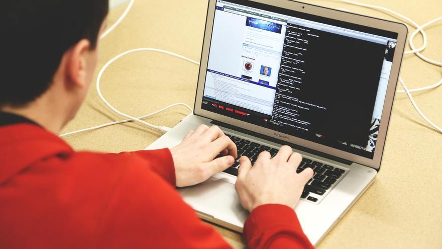 Los estafadores fingen formar parte del servicio técnico de grandes compañías