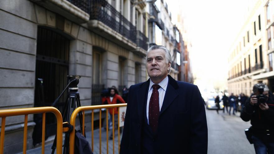 """Bárcenas dice que """"Rajoy conocía la contabilidad B desde el principio"""" y que quien se ha beneficiado ha sido el PP"""