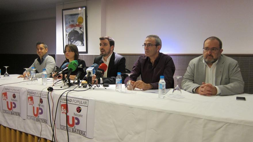 """Garzón destaca el """"ejemplo"""" de Navarra por """"poner el programa por encima de todo y de cualquier sigla"""""""
