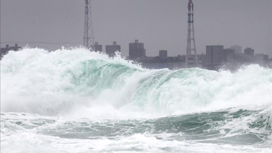 Japón activa la alerta de tsunami debido a las olas generadas por el seísmo de Chile