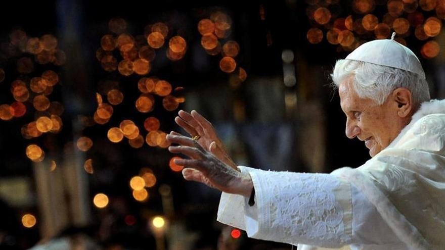 Benedicto XVI cumple mañana 90 años en el silencio que prometió