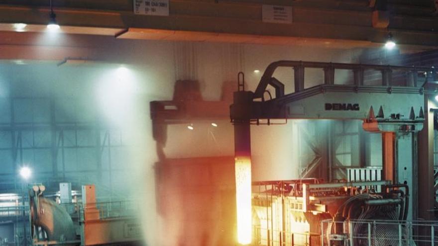 Los trabajadores y la dirección de ArcelorMittal cierran sin acuerdo la reunión sobre el convenio