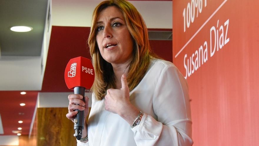 """Susana Díaz, que espera tener la """"confianza mayoritaria"""" el día 21, no permitirá que el PSOE se """"entregue a nadie"""""""