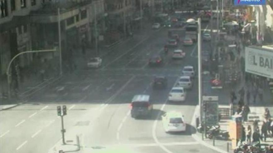 Imagen del tráfico en Callao el día que Aguirre ha arrollado la moto de un agente / Foto: Lookr