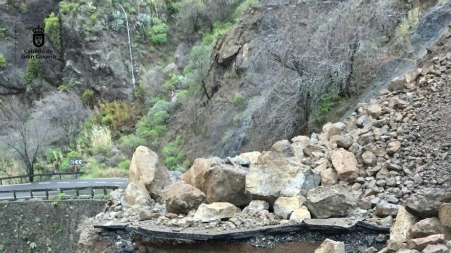 Cerrada la carretera de Tejeda a Artenara por desprendimientos