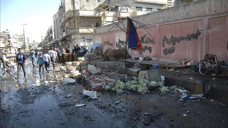 Mueren doce trabajadores sanitarios en un ataque en la periferia de Damasco