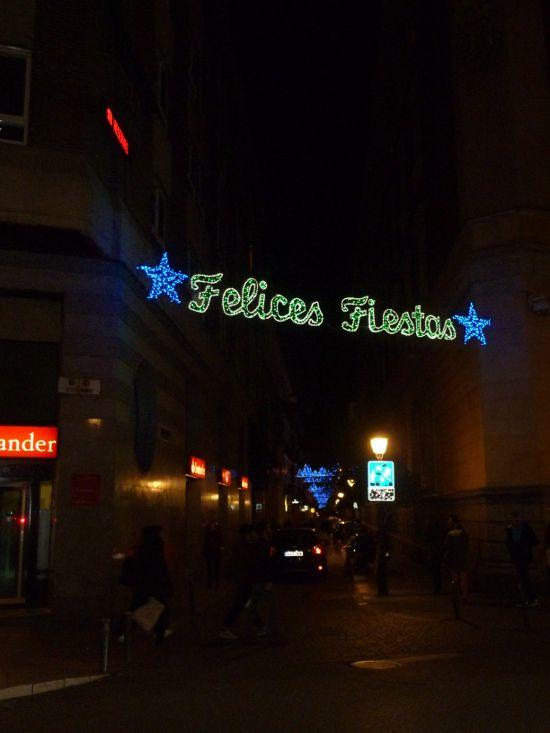 Alumbrado navideño en la calle San Vicente Ferrer | Foto: Somos Malasaña