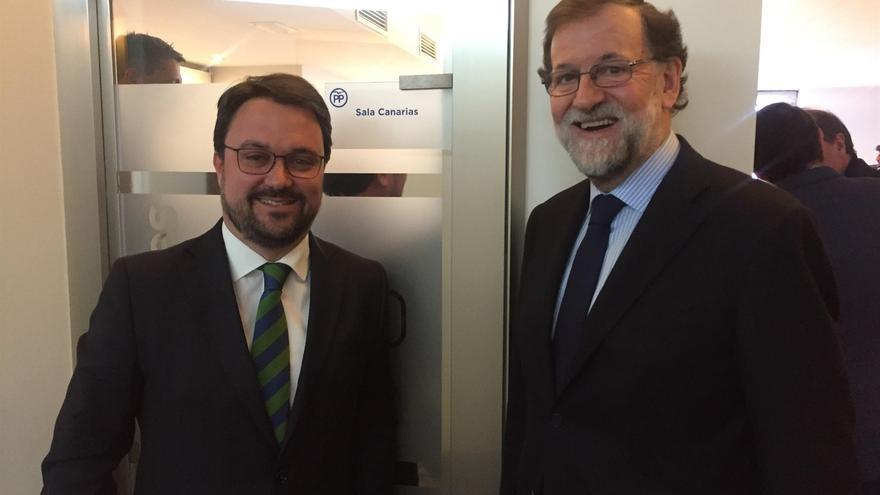 Asier Antona y Mariano Rajoy.
