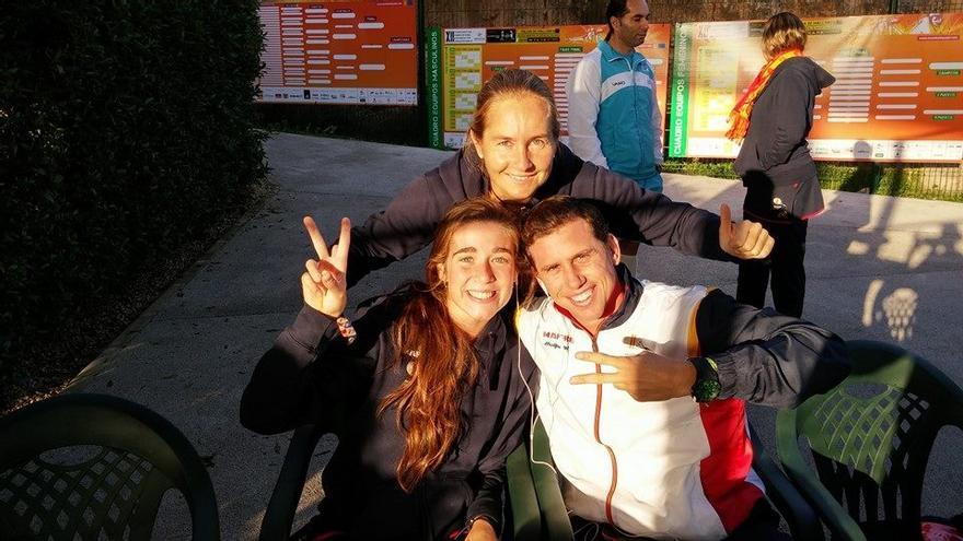 Carolina y Paquito, los Navarro, aunque no son hermanos, son referentes del pádel andaluz, nacional y mundial