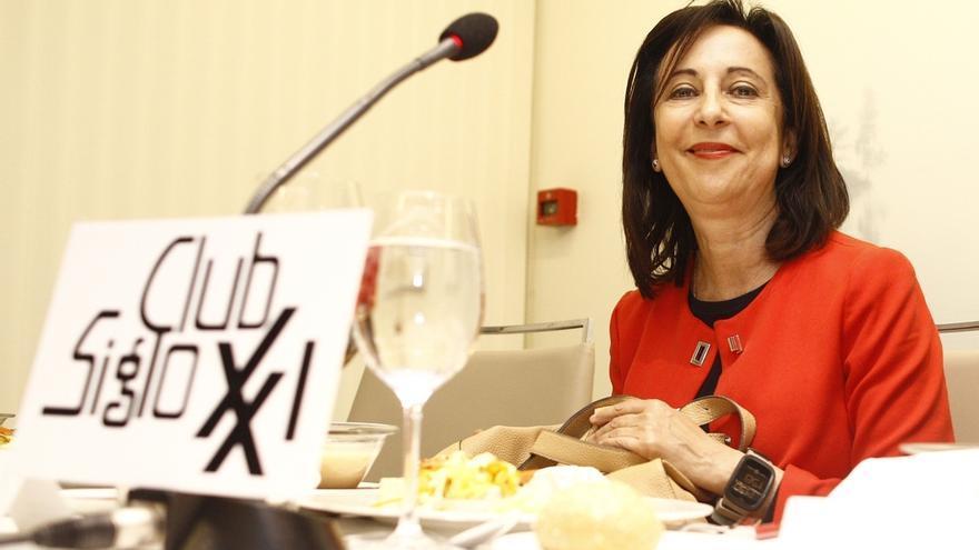 Robles (PSOE) avisa de que si Pastor no convocase pleno de investidura se pondría a la altura de Carme Forcadell