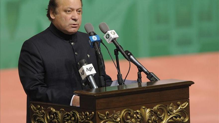 """El primer ministro de Pakistán llega a Kabul en busca de """"paz y estabilidad"""""""