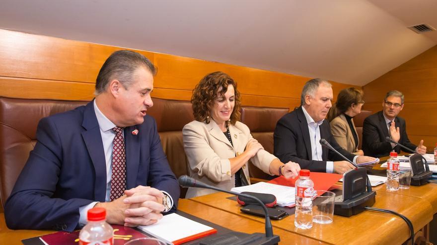 Cantabria prevé llegar en 2020 a las 7.000 plazas concertadas en centros de día y residencias