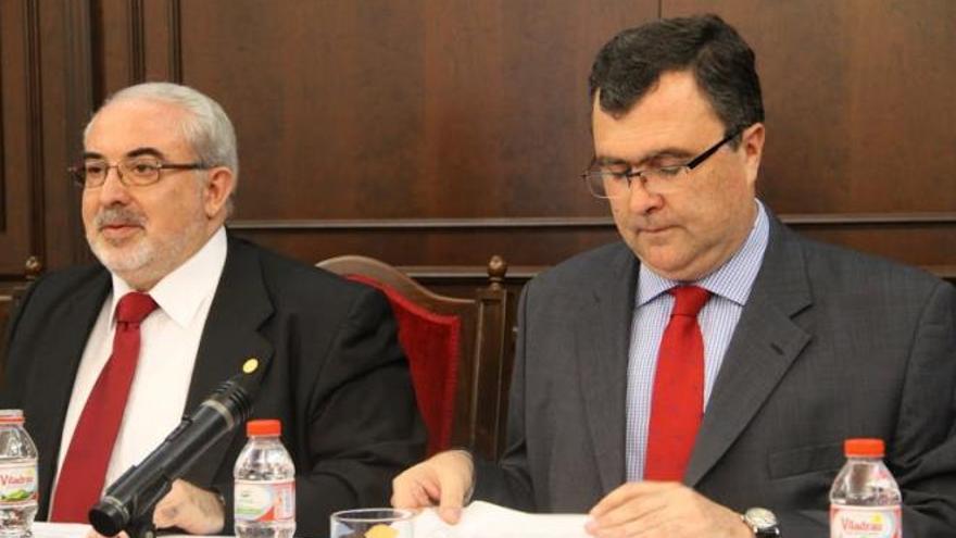 Mendoza junto con el alcalde de Murcia, José Ballesta