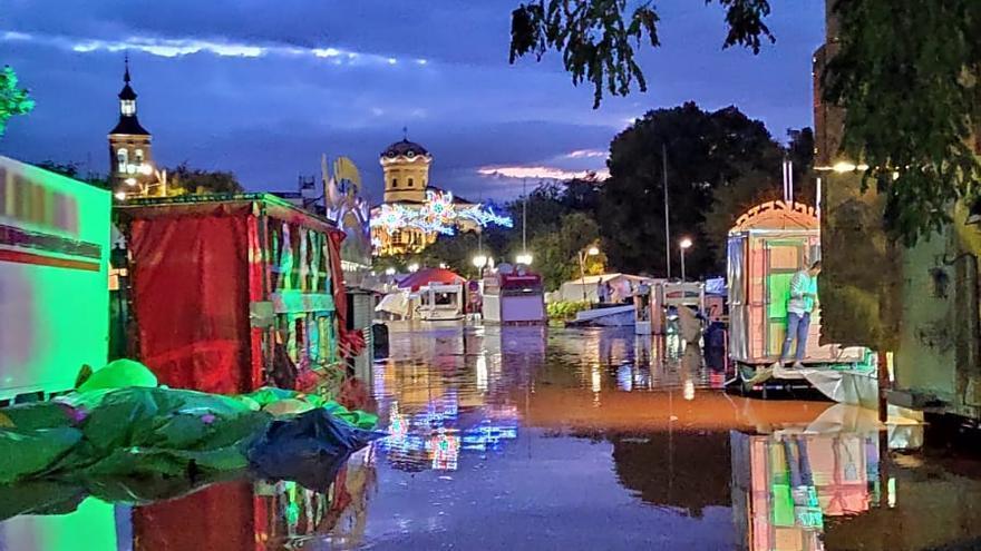 Imagen del ferial en el municipio de Mora (Toledo) tras las fuertes lluvias de este domingo