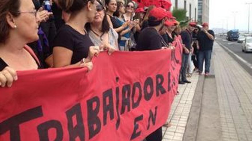 Protestas ante los juzgados de Las Palmas de Gran Canaria.