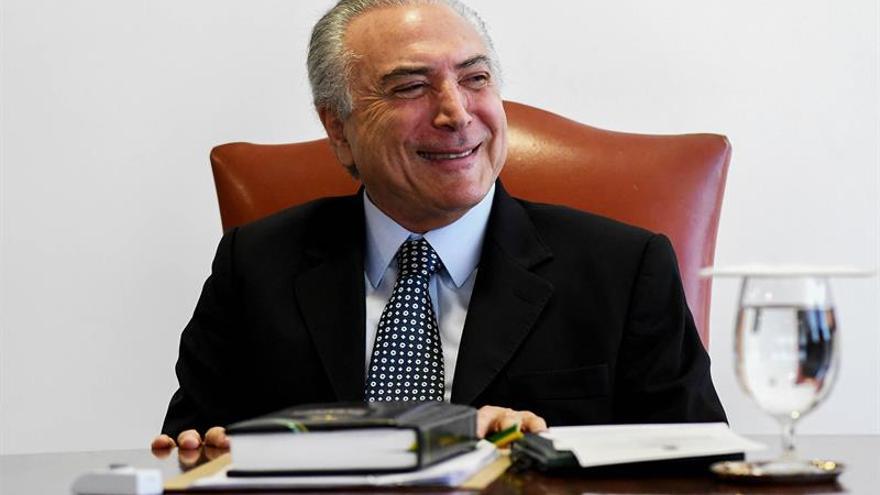 Temer cree que Rousseff perderá el mandato y trabaja para encarrilar a Brasil