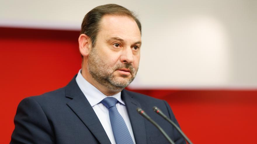 """Ábalos asegura que la reunión de Iglesias y Rajoy por Cataluña es """"fruto de la presión"""" de Sánchez y pide """"estar unidos"""""""