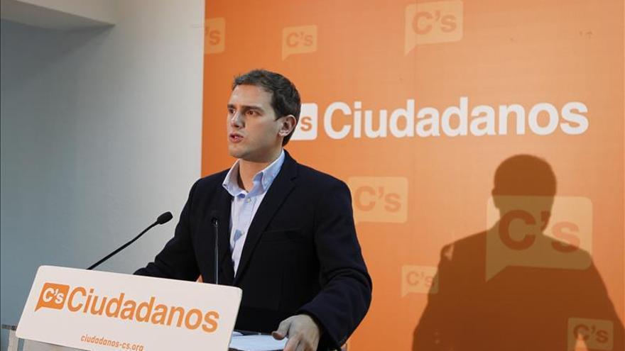 """Rivera propone """"una segunda transición"""" con la eliminación del Senado y el CGPJ"""