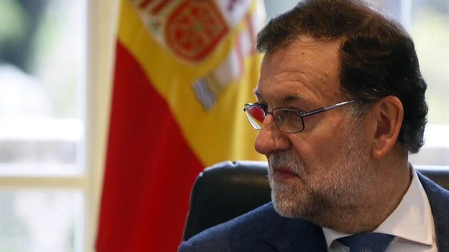 """Rajoy, optimista ante futuro, ve el empleo como """"la gran necesidad nacional"""""""