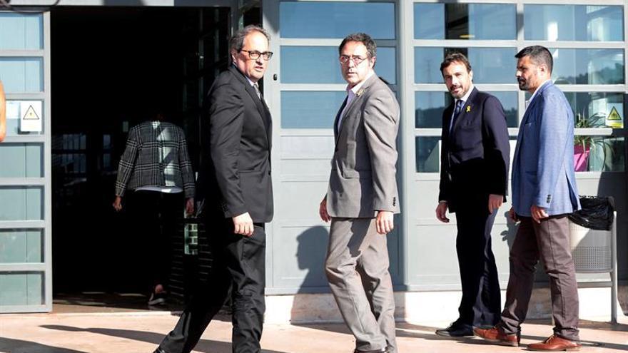Los seis políticos presos están ya en cárceles catalanas, arropados por el Govern