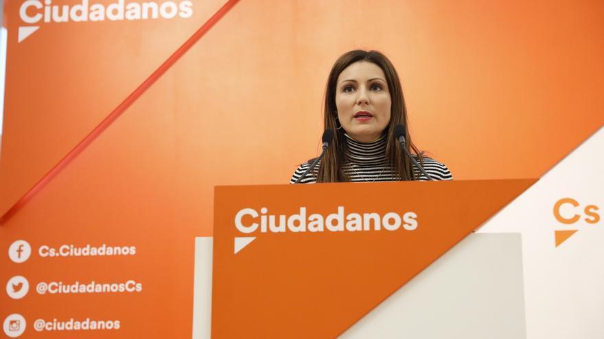 Ciudadanos se define liberal y de centro y pide esperar a las urnas tras sugerir Casado que busque el centro-izquierda