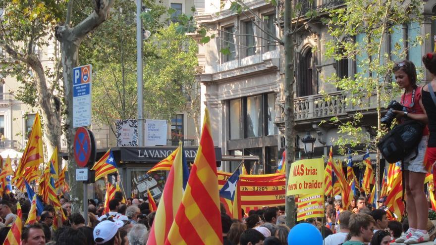 Vicepresidenta de la Generalitat dice que nadie calla a Cataluña y se muestra impresionada por la movilización
