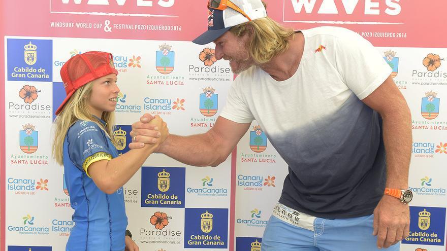 Liam Dunkerbeck con su padre Björn