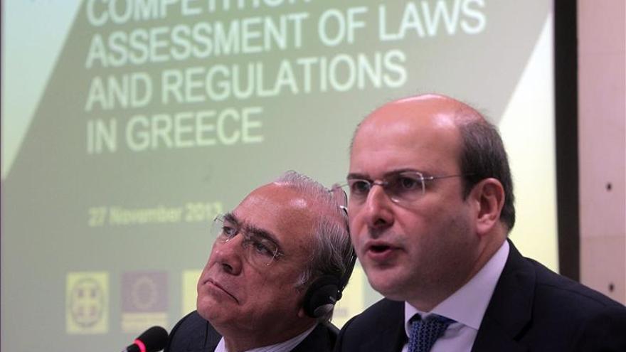 La OCDE pide reestructurar la deuda griega para asegurar su sostenibilidad
