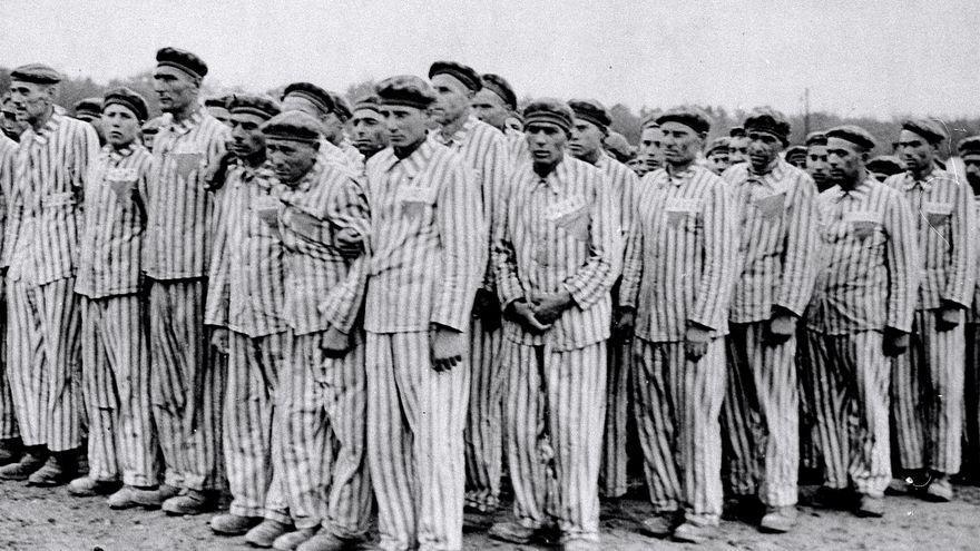 Cuando empezó la reconstrucción alemana, nadie recordaba haber votado o aplaudido a Hitler.