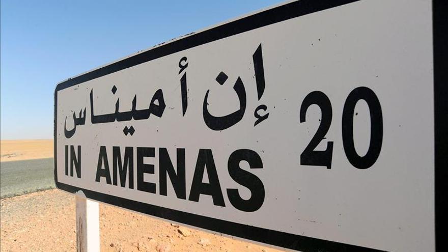 """Londres dice que son """"menos de diez"""" los británicos en riesgo en Argelia"""