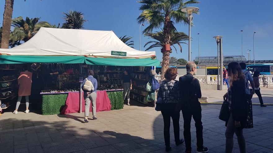 Un centenar de artesanos de 38 oficios, en la Feria Insular de Gran Canaria.