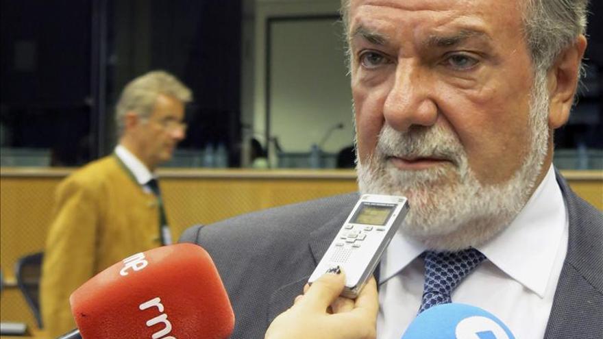 """Mayor Oreja defiende que """"sólo el PP"""" puede parar los frentes en Europa"""