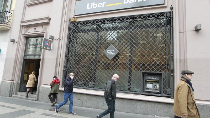 La Audiencia Nacional celebra la vista por la demanda de los sindicatos contra los recortes en Liberbank