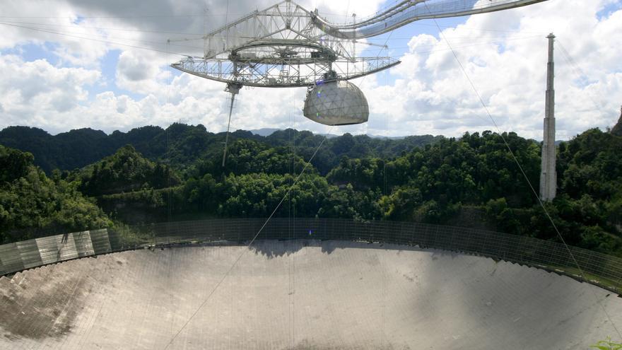 El radiotelescopio de Arecibo en Puerto Rico será desmantelado por riesgo de colapso