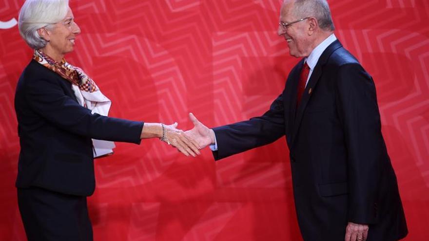 Lagarde advierte a los líderes del APEC que el crecimiento económico seguirá frenado
