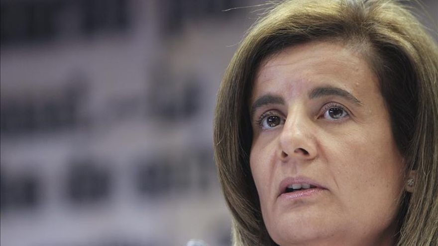 Báñez busca mañana el consenso con los agentes sociales para reformar las pensiones