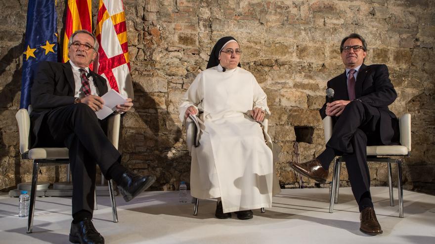 Xavier Trias, Lucía Caram i Artur Mas al Saló Tinell / ENRIC CATALÀ